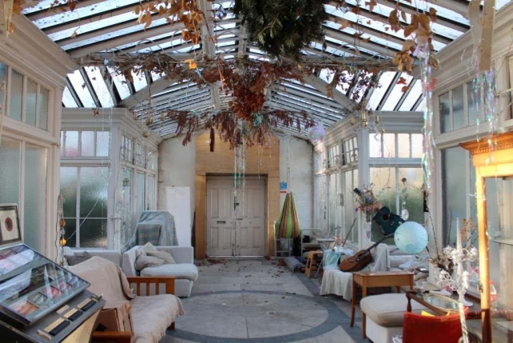 The long conservatory at the front of the property (Barnet Society)