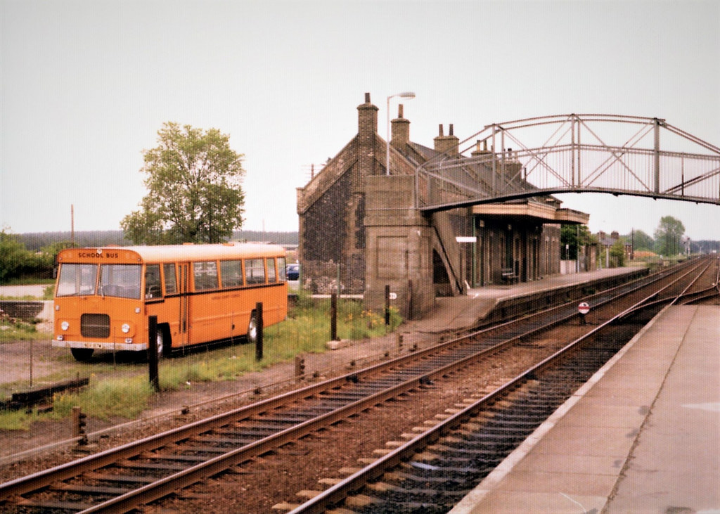 View from the westbound platform looking towards Brandon in 1976 (Credit: Plan R)
