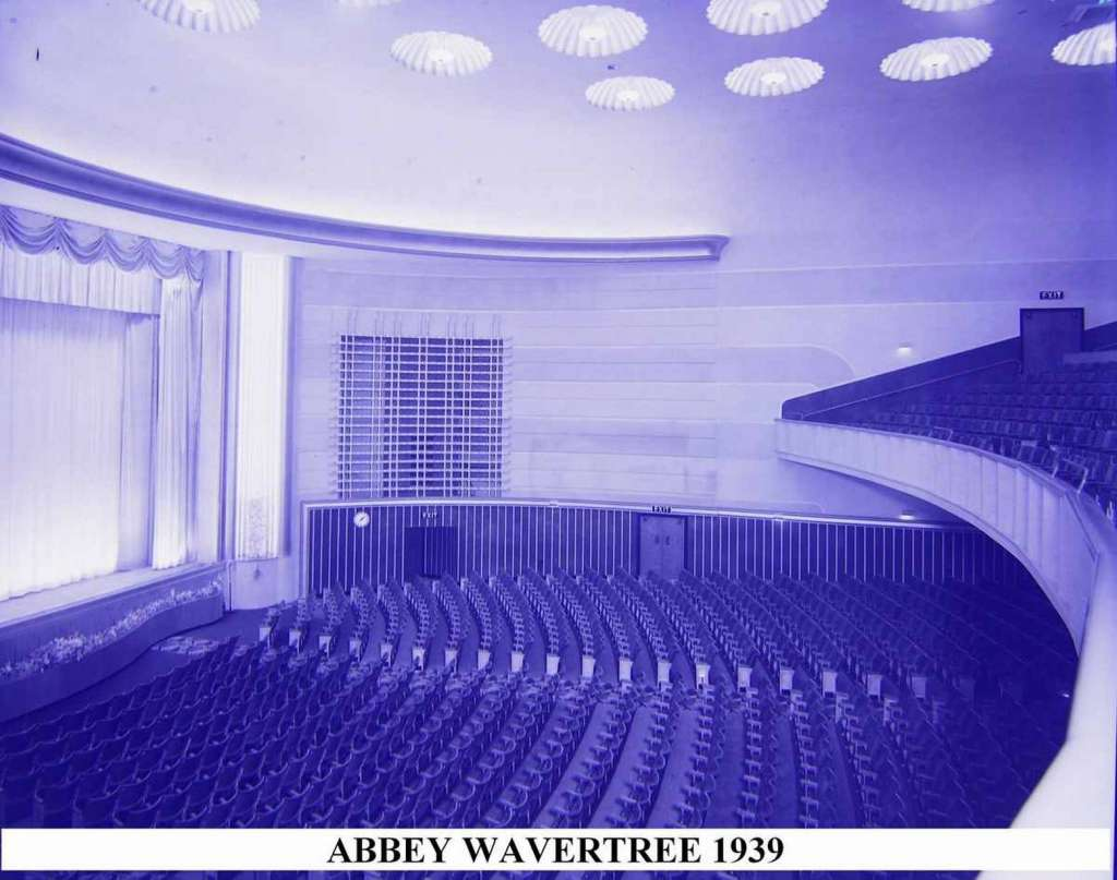 Abbey Cinema auditorium from the Circle in 1939 (Credit: chestercinemas.co.uk)