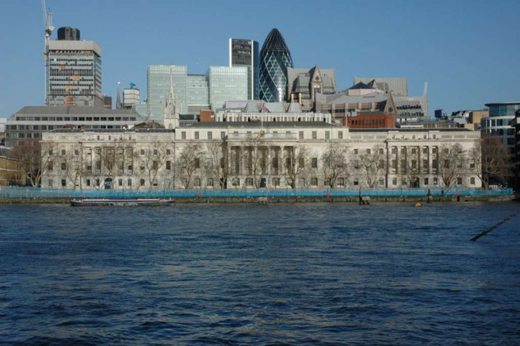 View of Custom House from across the River Thames (Credit: wikipedia)