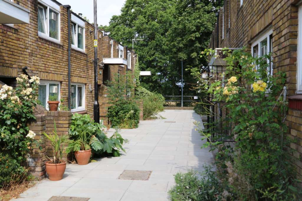 Image: The Cressingham Gardens Estate (Credit: Municipal Dreams)