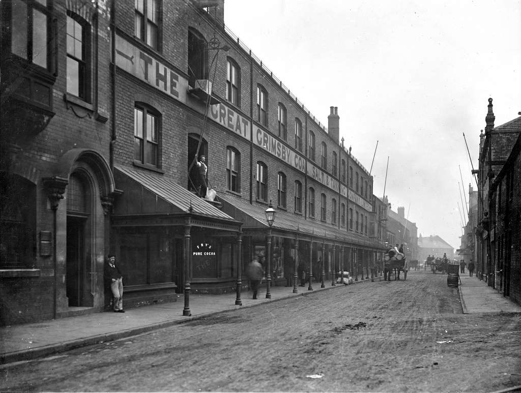 Fish Dock Road, Grimsby Archive picture (NELINCS library service)